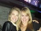Encontro de paquitas! Ana Paula Almeida posa com Lana Rhodes