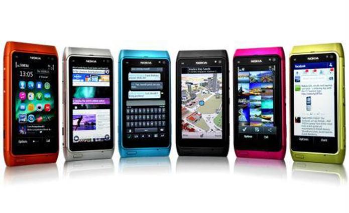 Nokia N8 possuía resposta tátil à digitação no teclado virtual (Foto: Divulgação/Nokia)