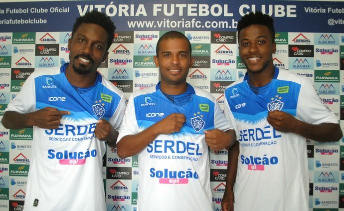 Acerola, Marcelinho e Luquinhas, reforços do Vitória-ES para o Capixabão 2017 (Foto: Henrique Montovanelli/Vitória-ES)