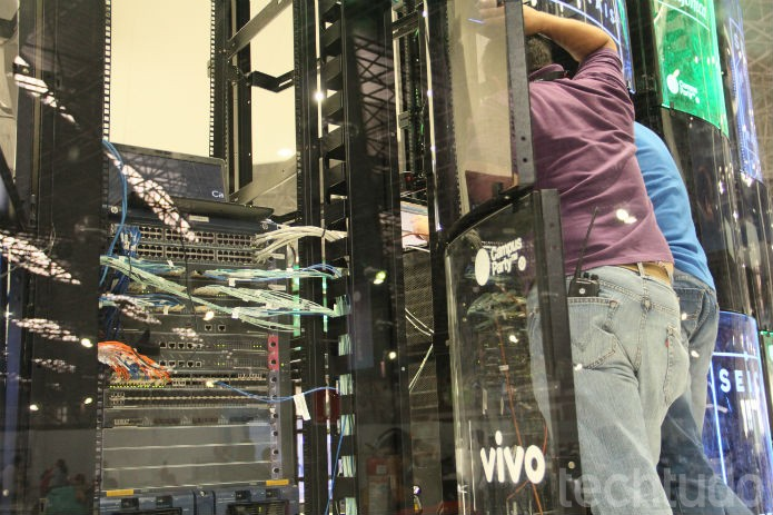 Houve perda de sinal durante o primeiro dia do evento. Nem mesmo o data center central passou ileso (Foto: TechTudo/Renato Bazan)