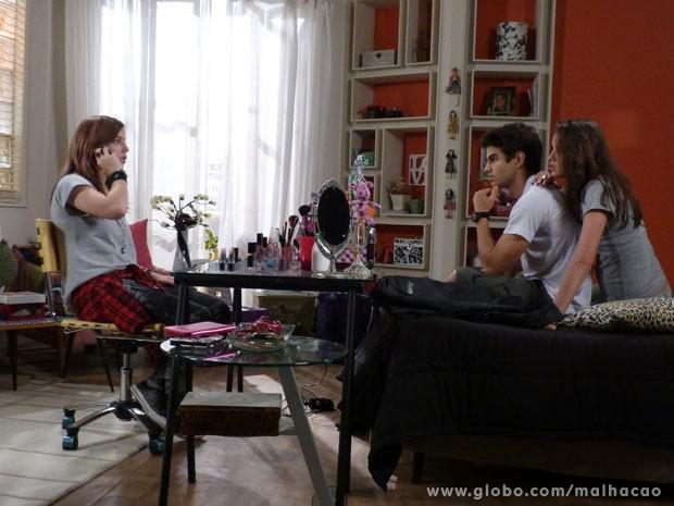 Mais uma da Lia: acredita que a roqueira vai marcar um encontro com o Sal? (Foto: Malhação / Tv Globo)
