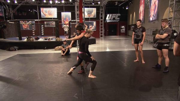 Ronda Rousey no TUF Live (Foto: Reprodução/ TUF Live)