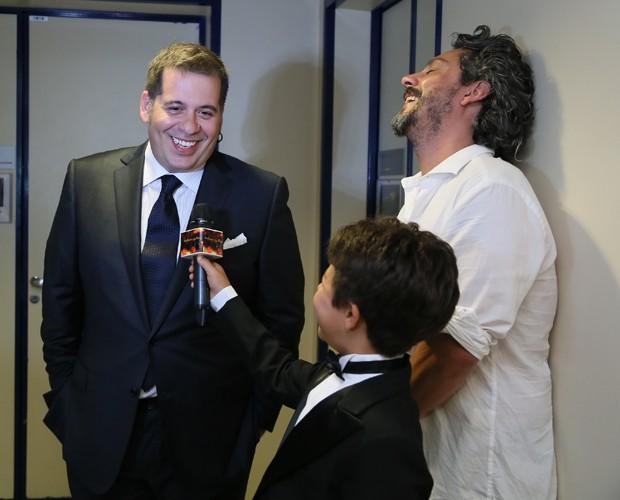 Leandro Hassum se diverte nos bastidores (Foto: Carol Caminha/ Gshow)