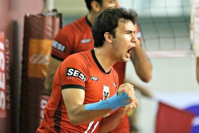 Tiaguinho entrou no lugar de Marcelinho e melhorou o desempenho do ataque do Sesi (Foto: Lucas Dantas/Sesi-SP Divulgação)