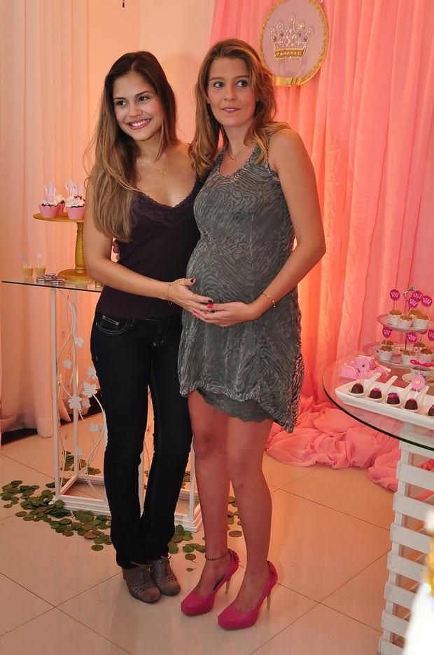 Jessika Alves e Debby (Foto: Roberto Teixeira/EGO)