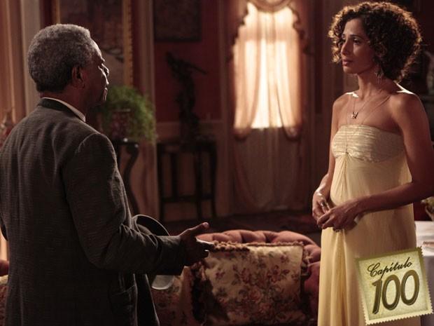 Isabel encontra seu Afonso e ouve as reclamações de sempre, mas fica feliz  (Foto: Lado a Lado/TV Globo)