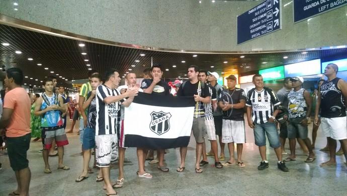 Torcida, Ceará, aeroporto (Foto: Juscelino Filho)