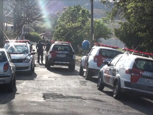 Assalto à residência em São Carlos (Foto: João Furlan/EPTV)
