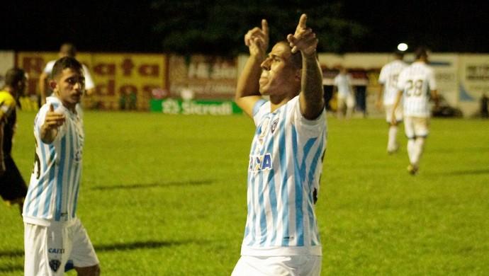 Bergson comemora o gol (Foto: Fernando Torres / Ascom Paysandu)
