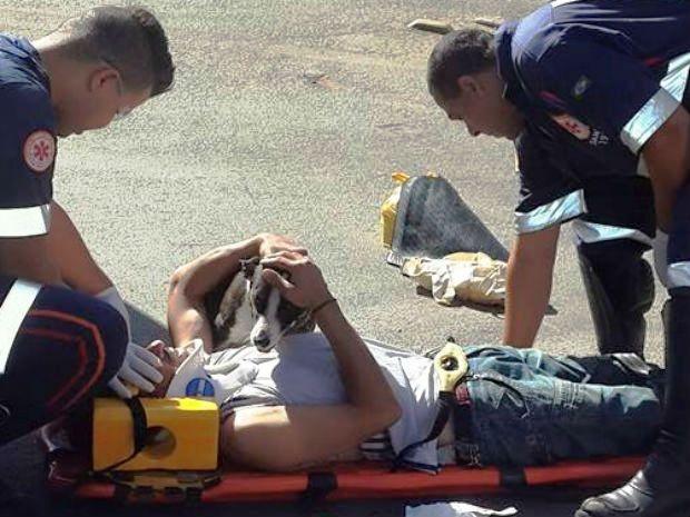 Cadela Nina cuidou do dono durante o socorro em Santa Gertrudes (Foto:  Christopher Mariano/ Arquivo Pessoal)
