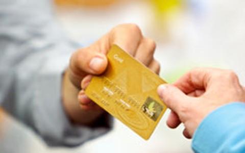 Como sair das dívidas em cinco passos: especialista dá a receita