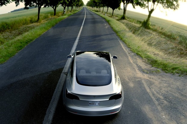 Tesla Model 3 (Foto: Divulgação)