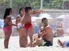 Ronaldo e Paula Morais aproveitam dia de calor para ir à praia