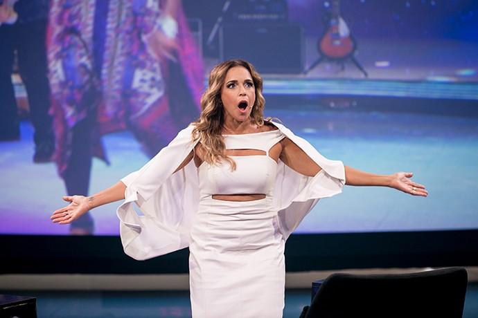 Daniela Mercury cho-ca-da com Izzy Gordon (Foto: Isabella Pinheiro/Gshow)