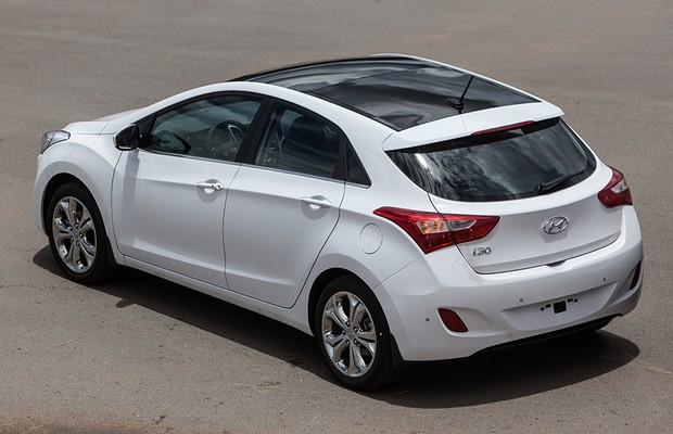 Hyundai i30 1.8 2014 (Foto: Divulgação)