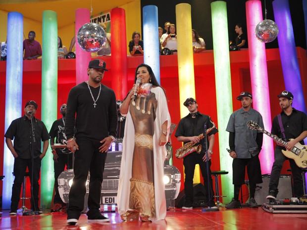 Regina Casé e Edi Rock (Foto: Globo/João Januário)