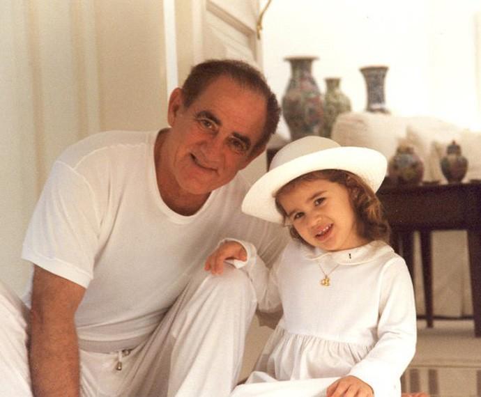 Lívian é colada com o pai desde muito novinha (Foto: Arquivo Pessoal)