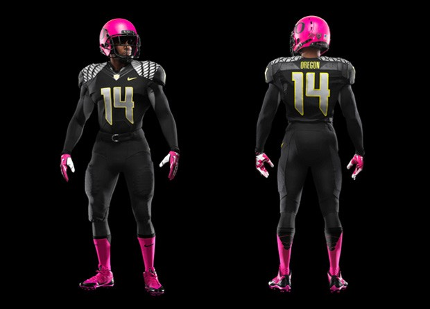 Oregon capacete rosa futebol americano NFL (Foto: Divulgação / Nike)