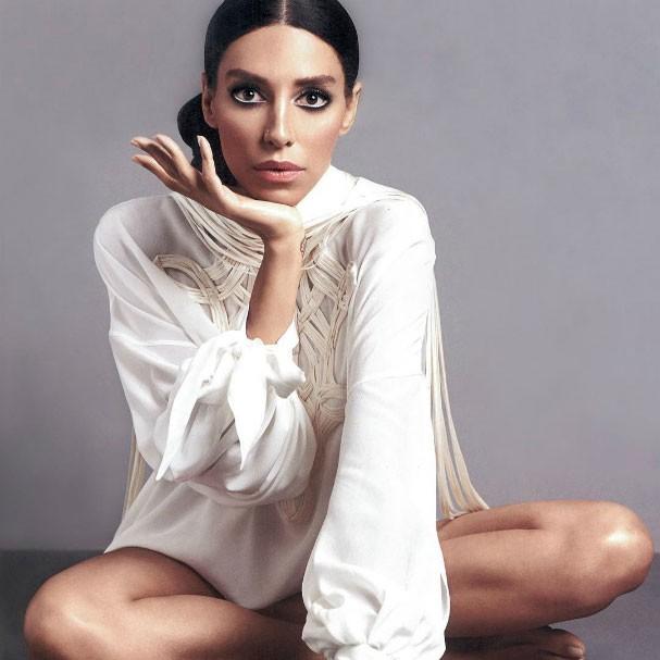 Lea T posa para edição de fevereiro da Glamour Itália  (Foto: Reprodução)