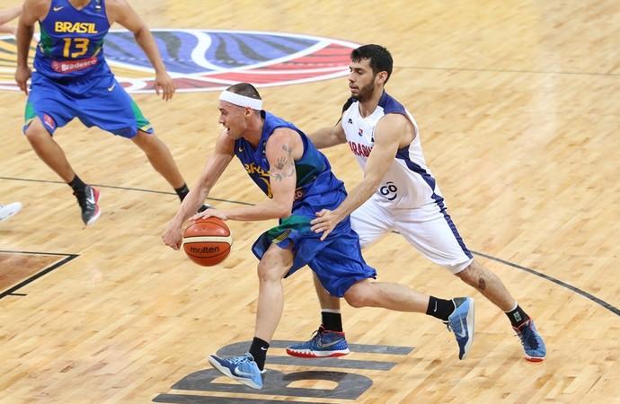 Brasil x Paraguai Sul-Americano basquete Fúlvio (Foto: Divulgação/Fiba América)