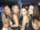 Angela Sousa posa com Nicole Bahls, Carla Prata e Robertha Portella