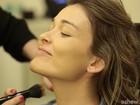 Efeito laqueado e olhão escuro! Aprenda a fazer a maquiagem da temporada outono-inverno!