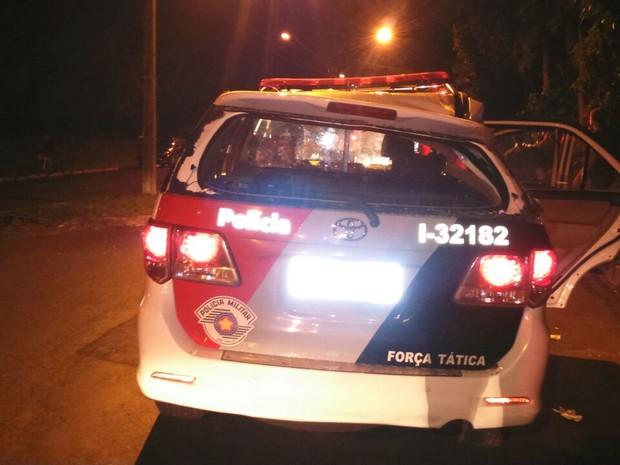 Viatura da PM capotou durante perseguição (Foto: Polícia Militar)