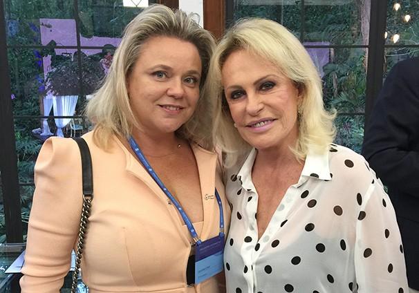 Luciane Lima e a apresentadora Ana Maria Braga (Foto: Arquivo pessoal)