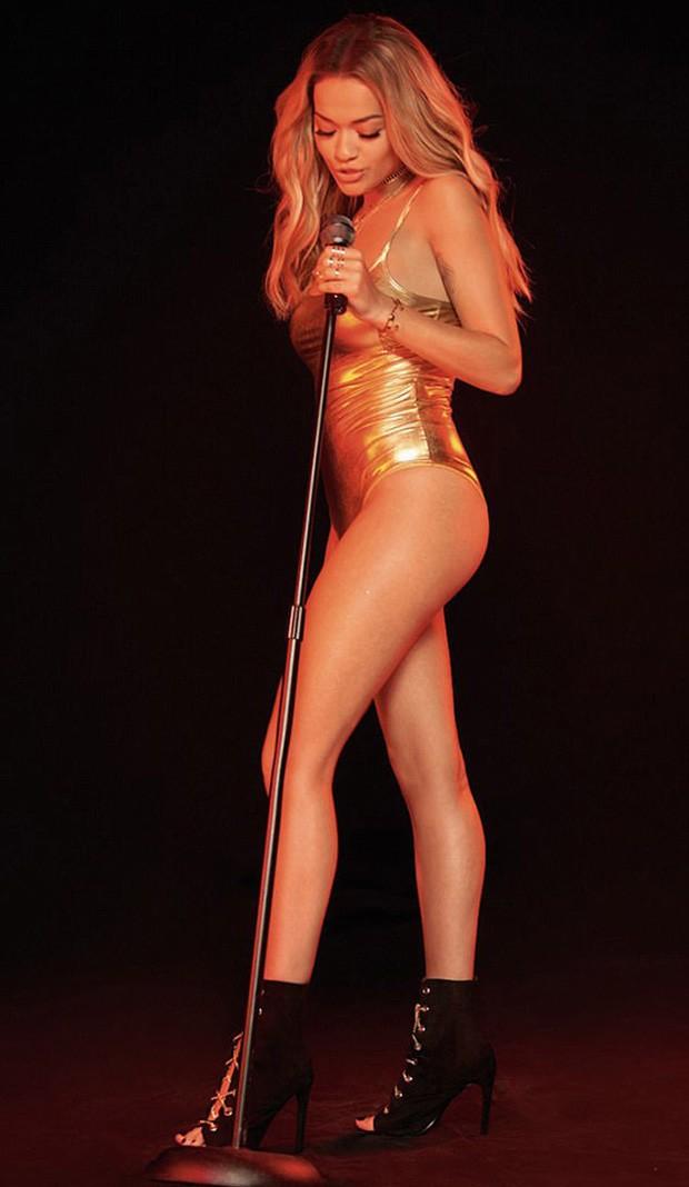 Rita Ora (Foto: Divulgação/Tezenis)
