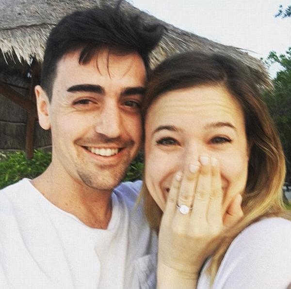 O irmão de Lindsay Lohan, Mike Lohan, com a esposa (Foto: Instagram)