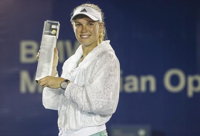 Caroline Wozniacki, campeã do torneio de Tênis da Malásia (Foto: EFE)