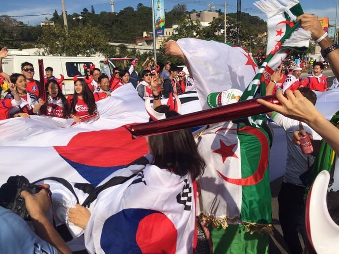 Coreanos Porto Alegre Copa  (Foto: Luiza Carneiro/GloboEsporte.com)