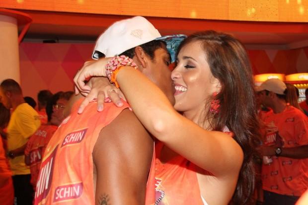 Marcello Melo Jr. com a namorada Caroline Alves (Foto: Cleomir Tavares/Divulgação)