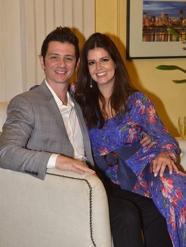 Mariana Santos e o marido, Rodrigo Veloni (Foto: Fábio Cordeiro/ Ed. Globo)