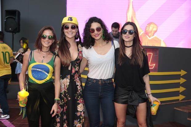 Celebridades marcam presença na Arena Skol (Foto: Felipe Panfili/Divulgação)