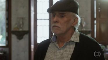 Gaetano avisa à família que eles vão se mudar