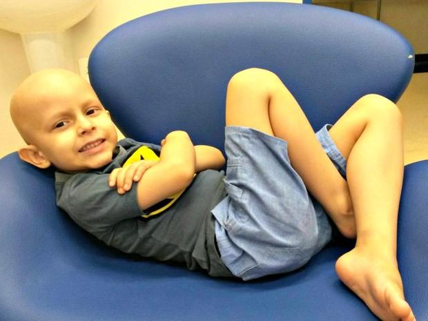 Menino Daniel faz tratamento contra um câncer nos rins há um ano (Foto: Arquivo pessoal)