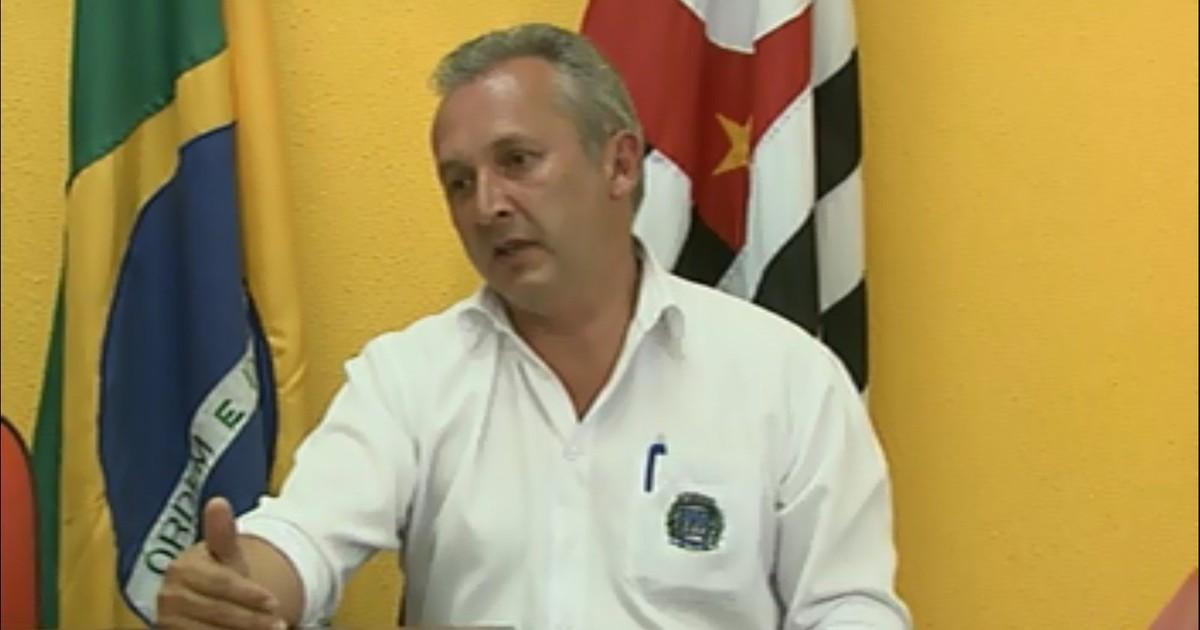 Alessandro de Melo Rosa assume a Prefeitura de Ibaté, SP, com ... - Globo.com