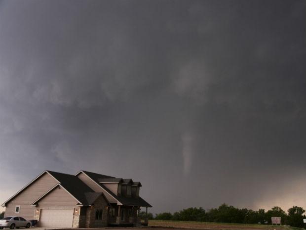 Tornado no Kansas, nos EUA (Foto: Gene Blevins/Reuters)