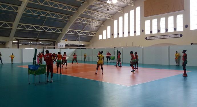 Camarões vôlei treino (Foto: João Gabriel Rodrigues)