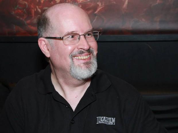 TImothy Zahn possui mais de 30 anos de carreira como escritor de livros de ficção científica (Foto: Editora Aleph/ Divulgação)