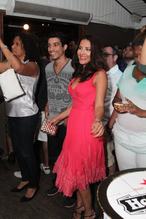 Ex-BBB Gyselle Soares em festa no Rio (Foto: Anderson Borde/ Ag. News)