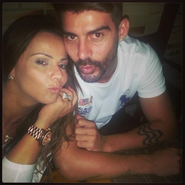 Viviane Araújo e Radamés (Foto: Instagram/ Reprodução)