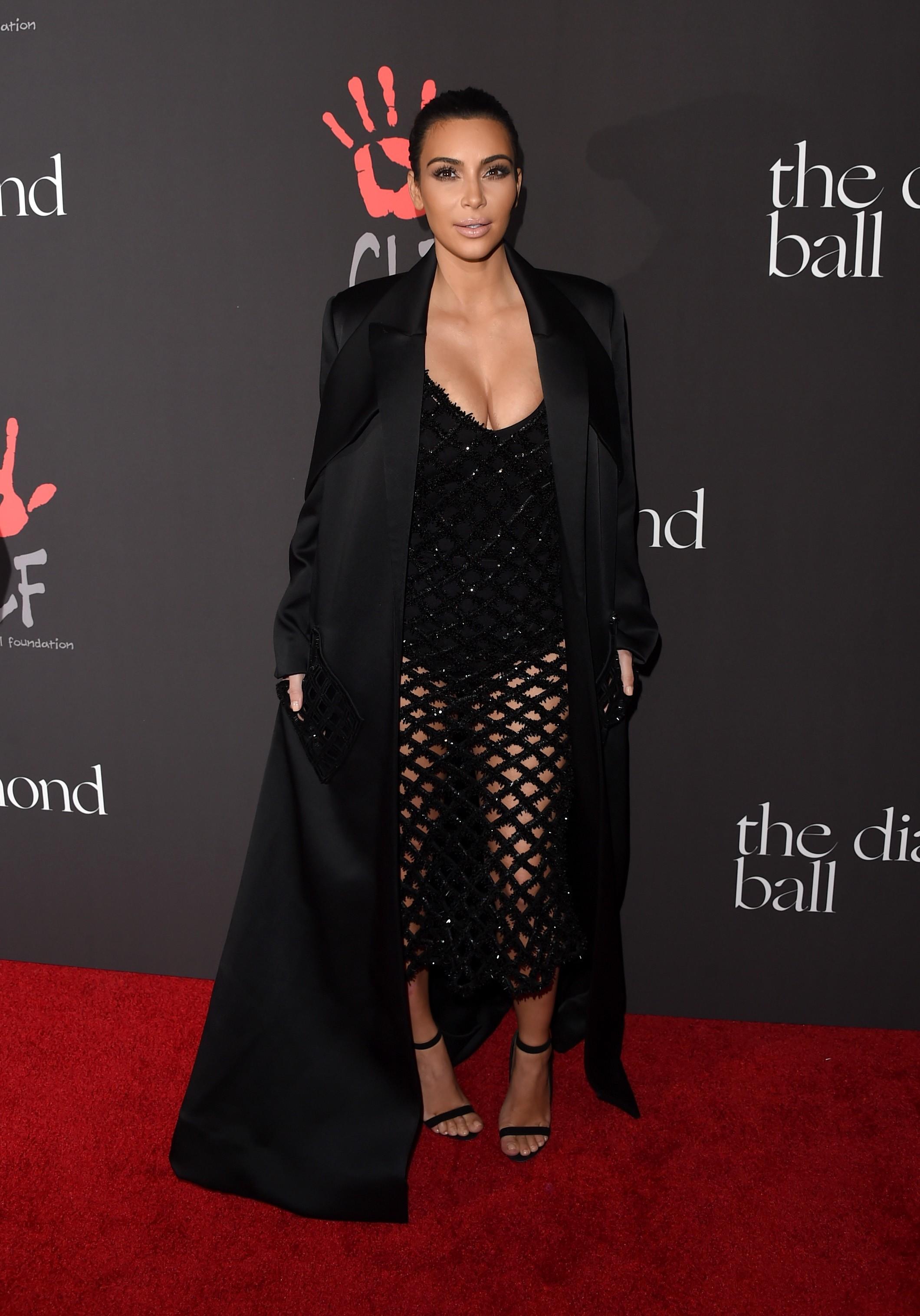 A celebridade profissional Kim Kardashian virou mãe pela primeira vez em junho de 2013. A filha dela com o músico Kanye West foi batizada de North. (Foto: Getty Images)