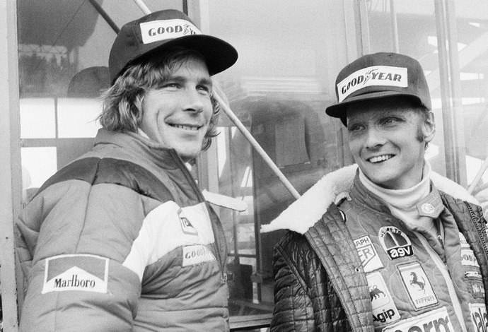 James Hunt e Niki Lauda GP do Japao 1976 (Foto: AP Images)