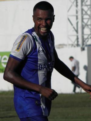 Ayrton, lateral-esquerdo (Foto: Rian Matos/AA São Mateus)