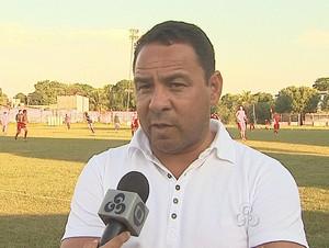 Artur Oliveira, técnico do Rio Branco (Foto: Reprodução/TV Acre)