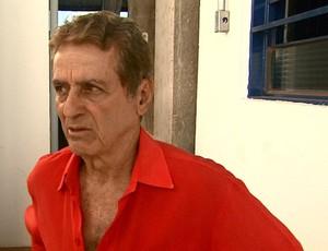 Varlei de Carvalho, técnico do Monte Azul (Foto: EPTV)