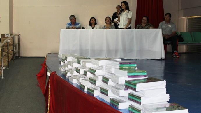 Palestras foram conduzidas por profissionais de Educação Física da Universidade Federal do Amazonas (Foto: Divulgação/Cleomir Santos)