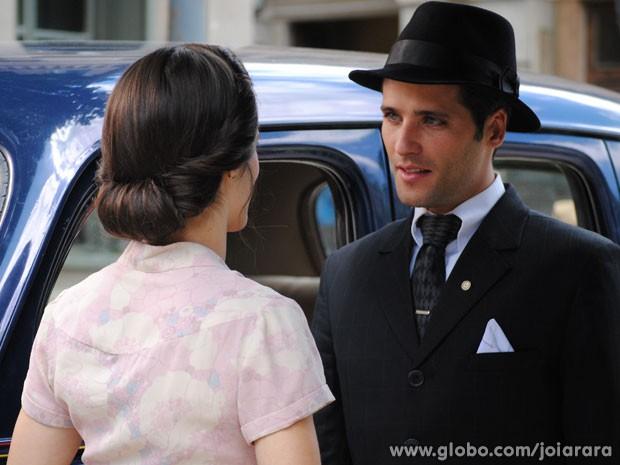 Será que a nordestina vai acreditar no ex-marido? (Foto: Joia Rara/ TV Globo)